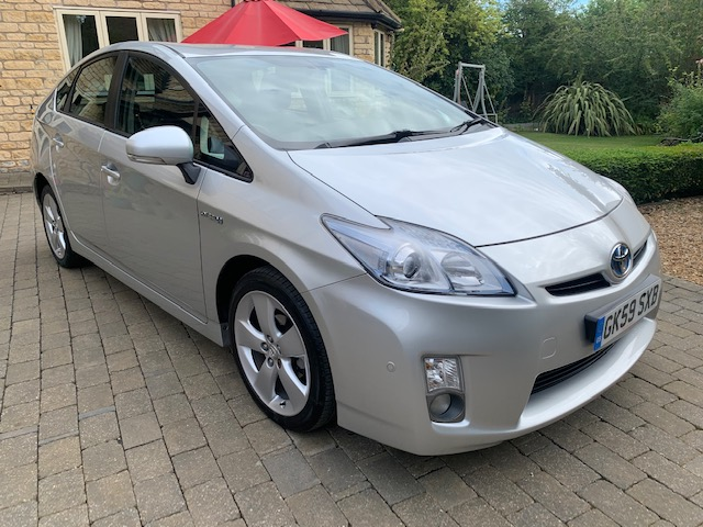 2010 Toyota Prius T Spirit 51,000 miles, 1 previous owner, immaculate condition inside and out, full Toyota service history